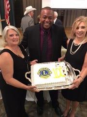 Darla Flatt, Mayor Anthony Williams and Wendy Lorenz