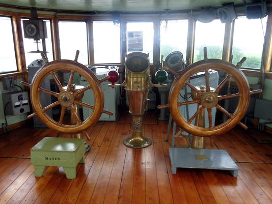 TRAVEL_UST-GREATLAKES-MUSEUM_2_AK.jpg