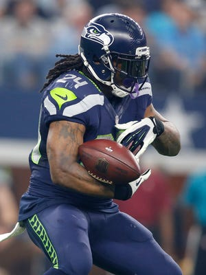 Seattle Seahawks running back Marshawn Lynch (24) runs the ball against the Dallas Cowboys.