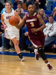 Riverdale guard Anastasia Hayes (3) drives down the court during Riverdale's game against William Blount on Tuesday, Nov. 22, 2016.