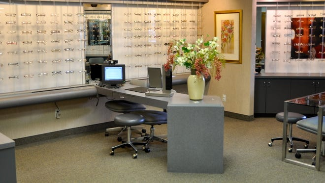 Dubin Optometric Clinic celebrates its 40th anniversary with an open house.