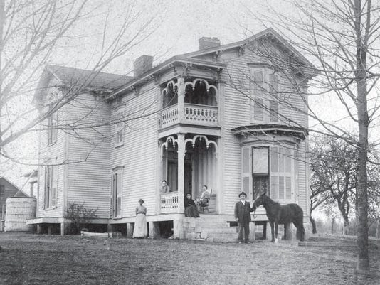 mccord house eagleville 1900.png