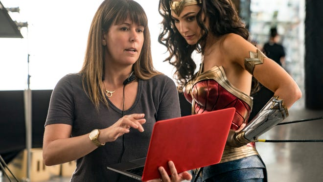 Director Patty Jenkins discusses a scene with Gal Gadot.