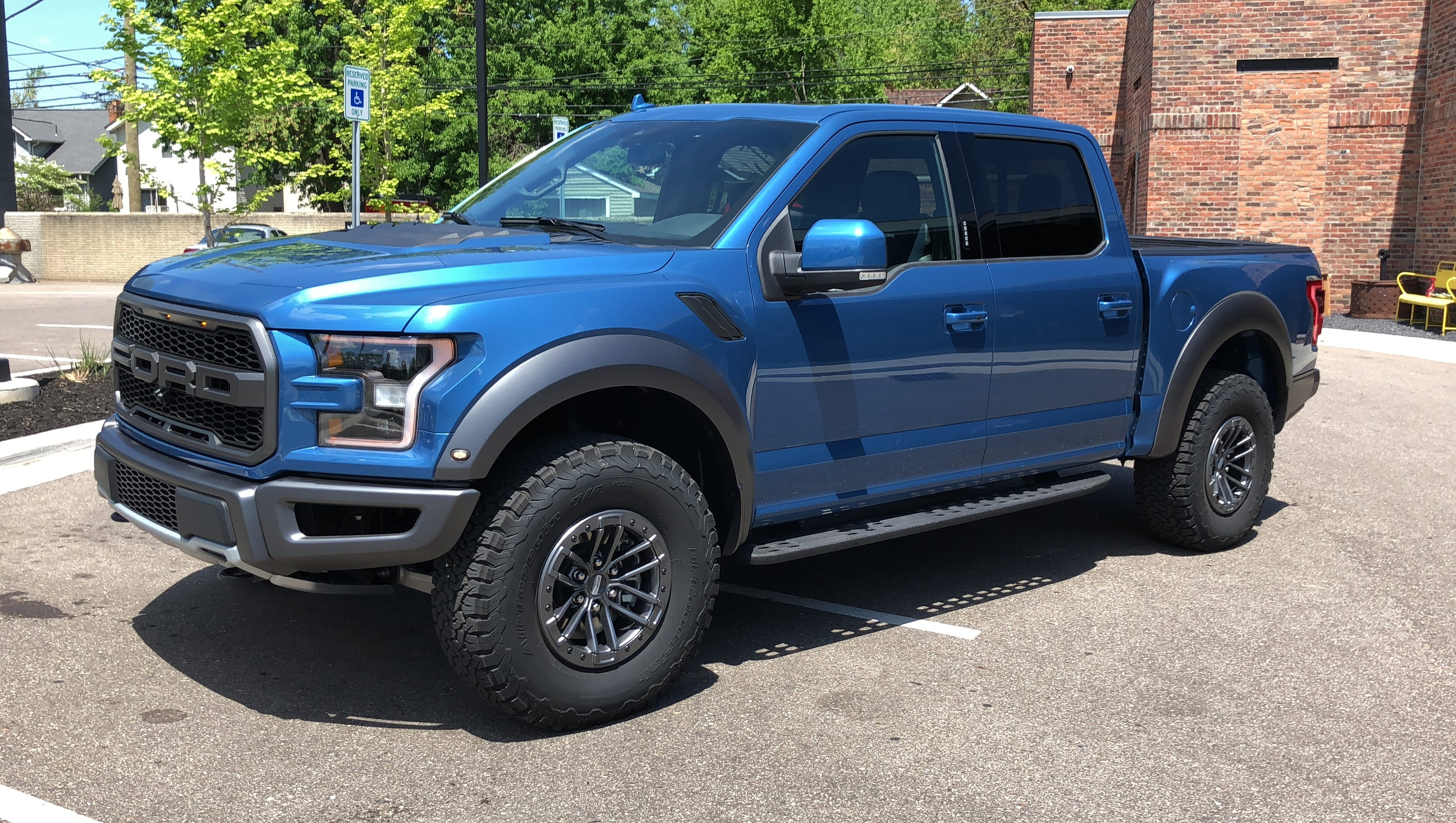 2019 ford raptor adds adaptive shocks recaro seats. Black Bedroom Furniture Sets. Home Design Ideas