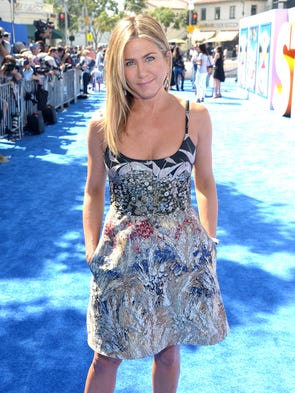 Jennifer Aniston wows at the premiere of 'Storks' in