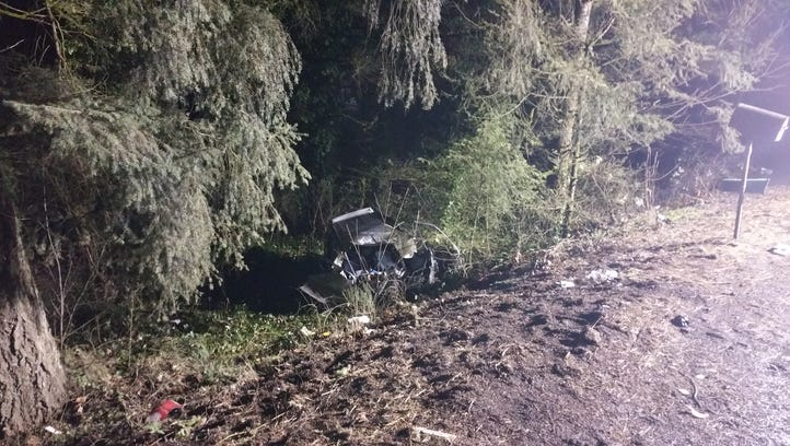 Salem woman dies in single-vehicle crash on Highway 22