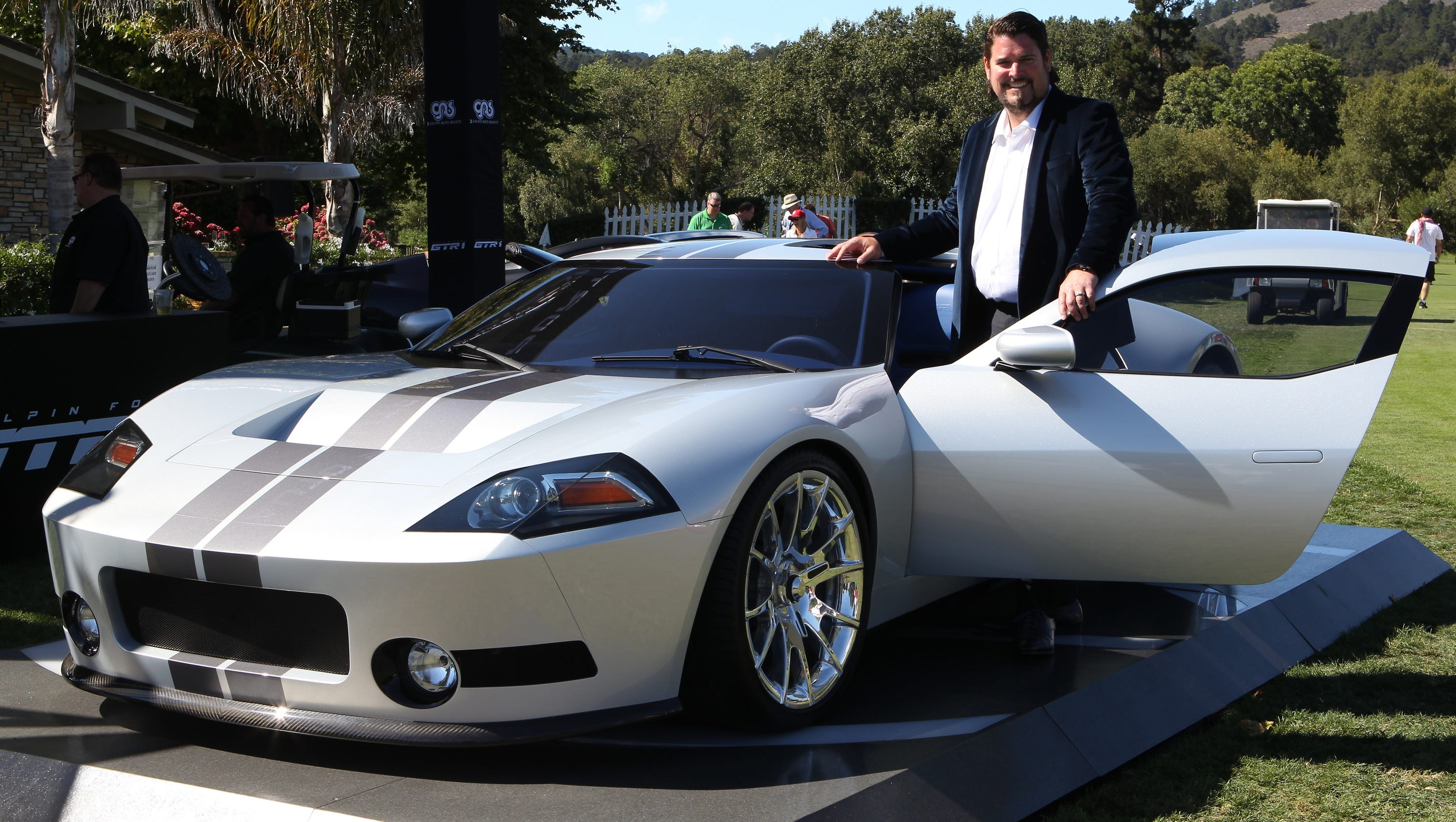 New supercar picks up where Ford GT left off