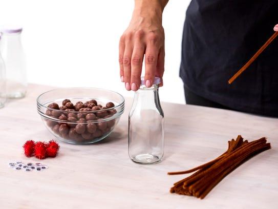 The supplies you'll need for the reindeer jar DIY Christmas