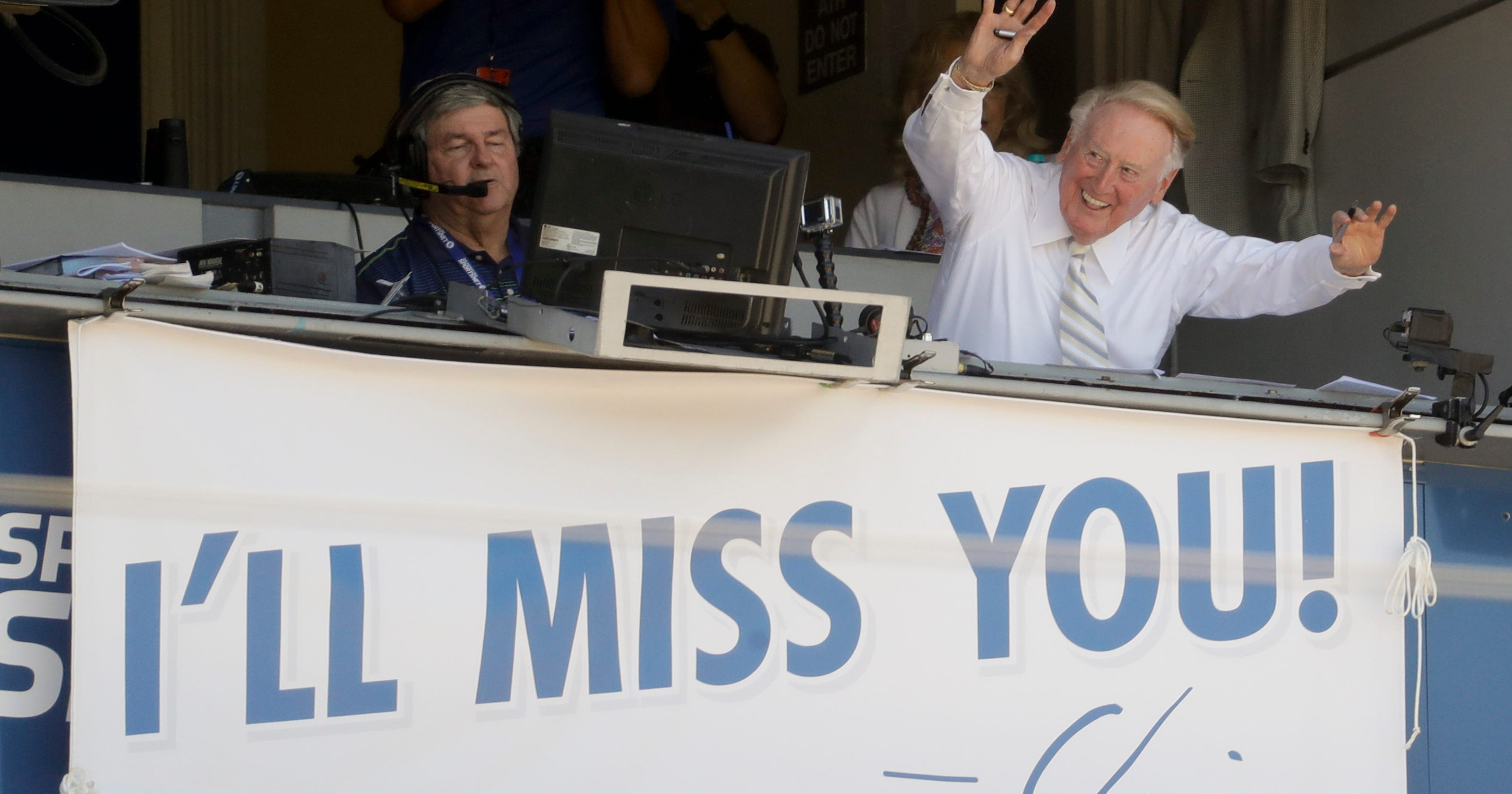 Readers wish Vin Scully farewell as he signs off on