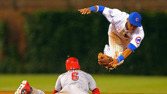 Cincinnati Reds center fielder Billy Hamilton (6) steals