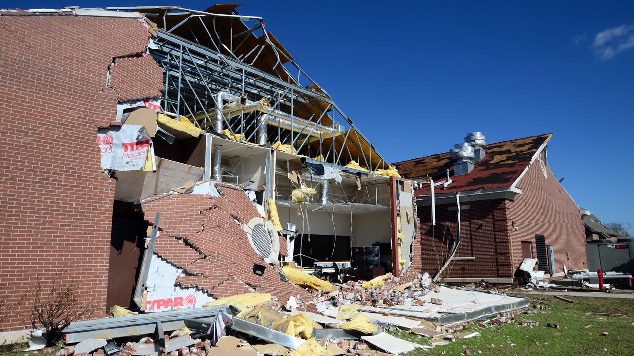 Hattiesburg American reporter Jason Munz tours William Carey University's Hattiesburg campus in the hours following Saturday's early morning tornado.