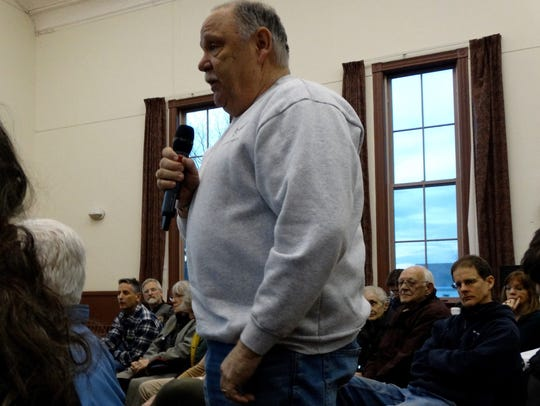 Frank Koss speaks in favor of the agreement with Vermont