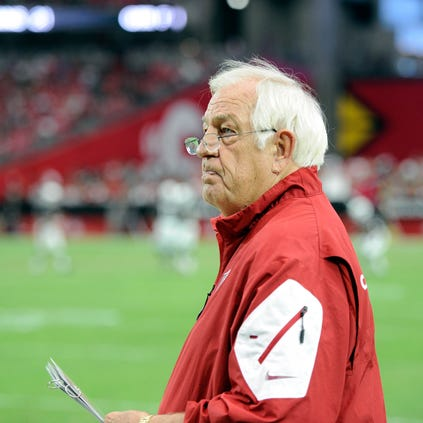 Sep 21, 2014: Arizona Cardinals offensive consultant Tom Moore looks on against the San Francisco 49ers at University of Phoenix Stadium.