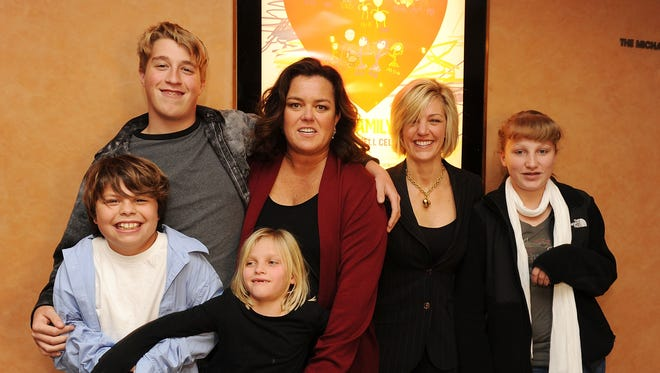 """Blake O'Donnell, Parker O'Donnell, Vivi O'Donnell, executive producer Rosie O'Donnell, Kelli O'Donnell, and Chelsea O'Donnell attend the HBO documentary screening of """"A Family is a Family: A Rosie O'Donnell Celebration"""" at the HBO Theater on January 19, 2010 in New York City."""
