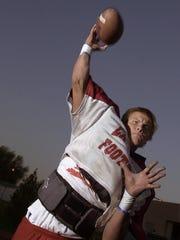 10-16-02 Patrick Rivenes practices for LQ. Wade Byars