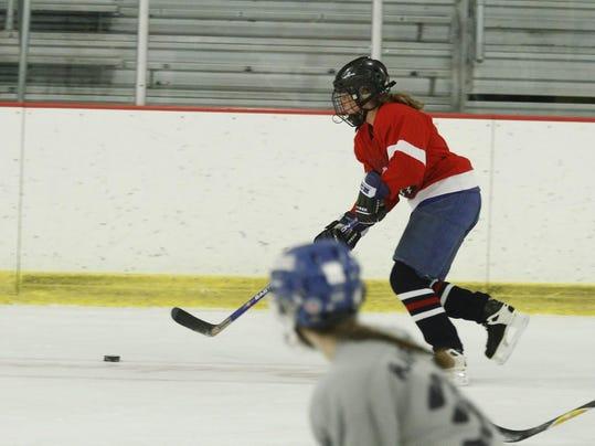 -erin madison hockey.jpg