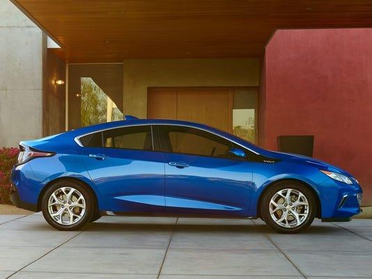 635959971225605292-2016-Chevy-Volt-Premier.jpg