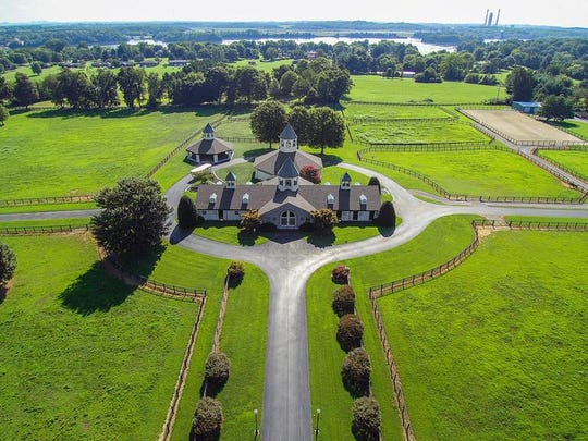 Reba McEntire's home is on the market in Lebanon.