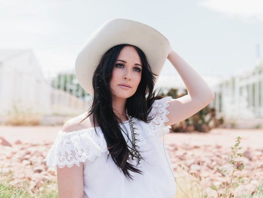 636275261865615317-Kacey-Musgraves-Approved-Photo-10.17.16.jpg
