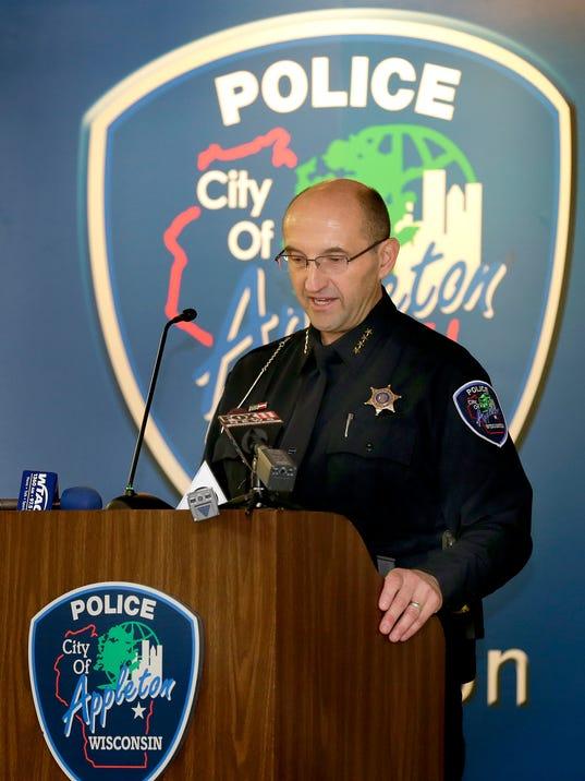 -APC Chief Thomas sworn in 0048 010515wag.jpg_20150105.jpg