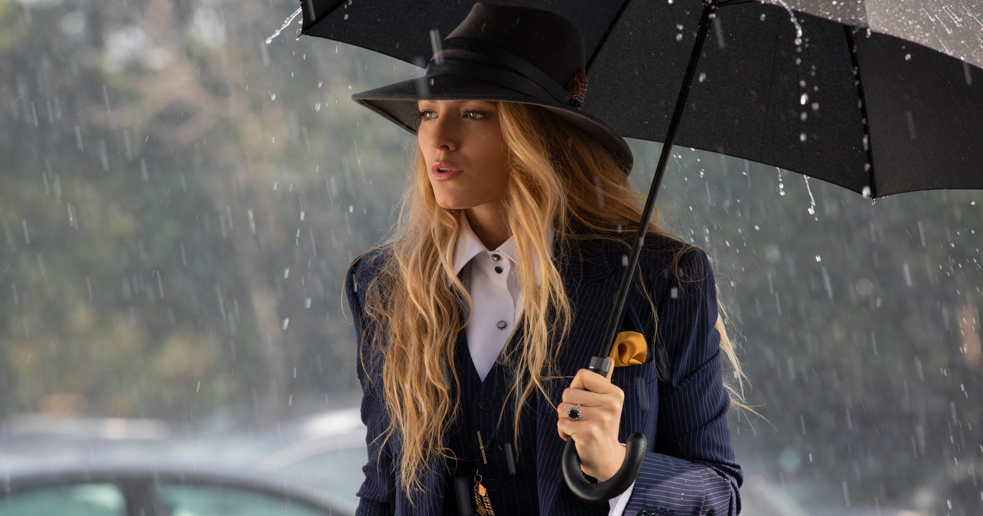 A Simple Favor 7 Reasons To See Glamorous Mystery
