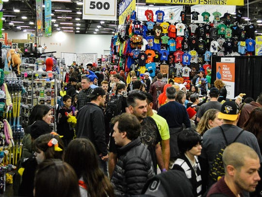 The convention floor at a Wizard World Comic Con.