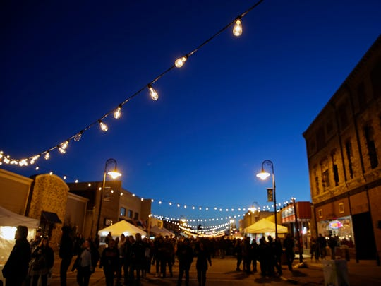 Bazaar After Dark events will be staged in Neenah and Menasha this summer.