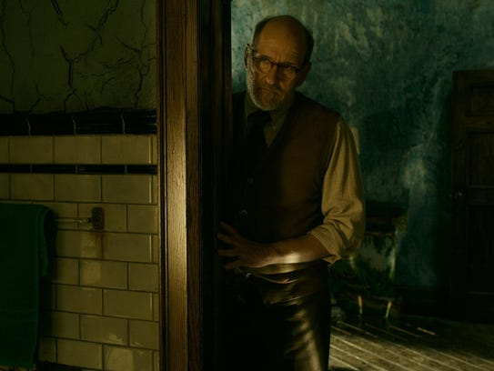 Richard Jenkins portrays a closeted gay man in the