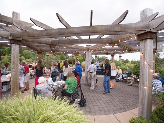 Sunsets in the Garden combines live music and wine and beer tastings with a view of the setting sun.