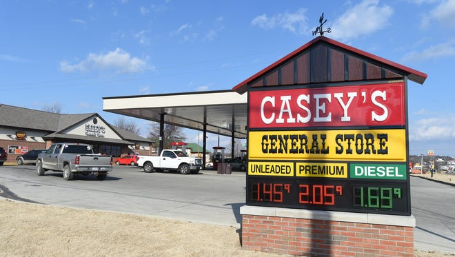 The Oconomowoc Plan Commission has delayed action on a proposal to build a Casey's General Store at East Wisconsin Avenue and Lapham Street.