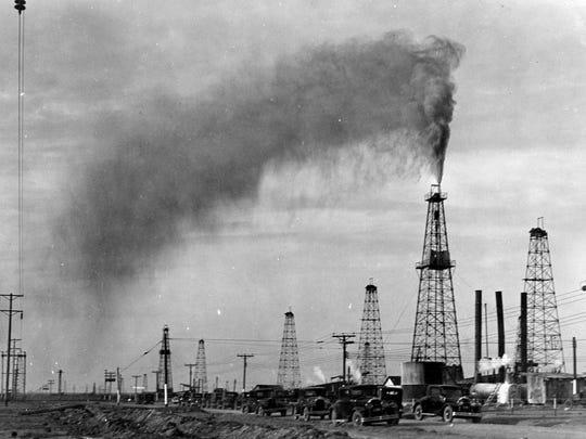 The Santa Rita oilfield in the late 1920s and 30s.