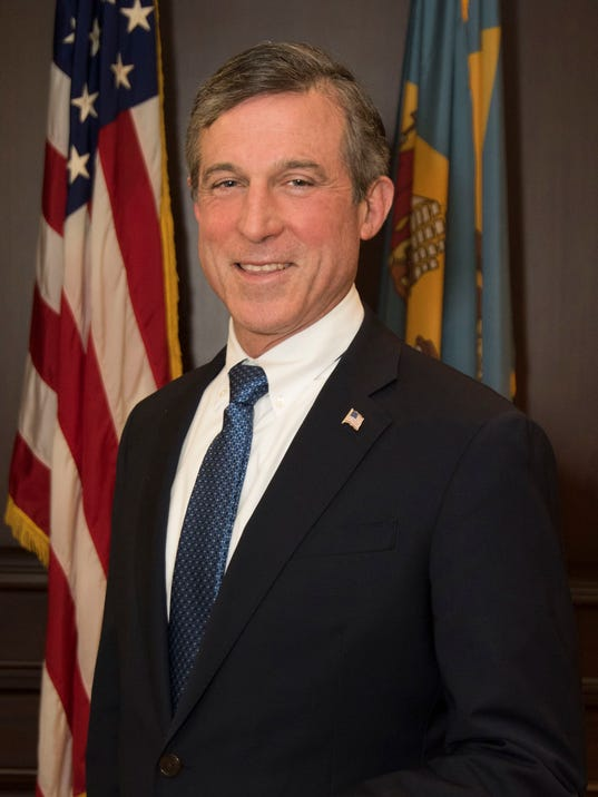 636385865689502218-Governor-John-Carney-Official-Photo-2017.jpg