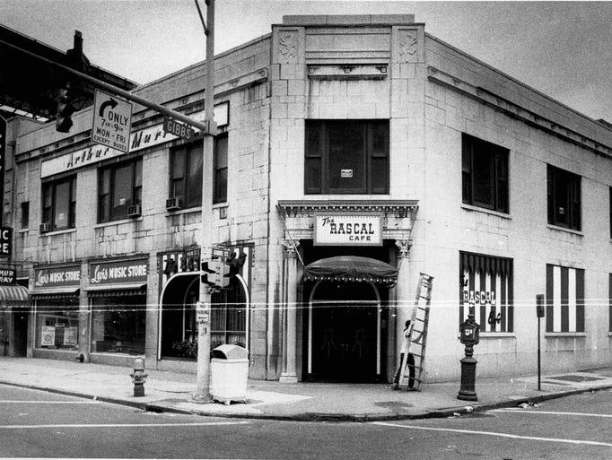 Rascal Cafe (240 E. Main St.) in 1972.