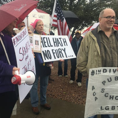 Residents protest Sen. Jeff Flake in Mesa, demand town-hall meetings