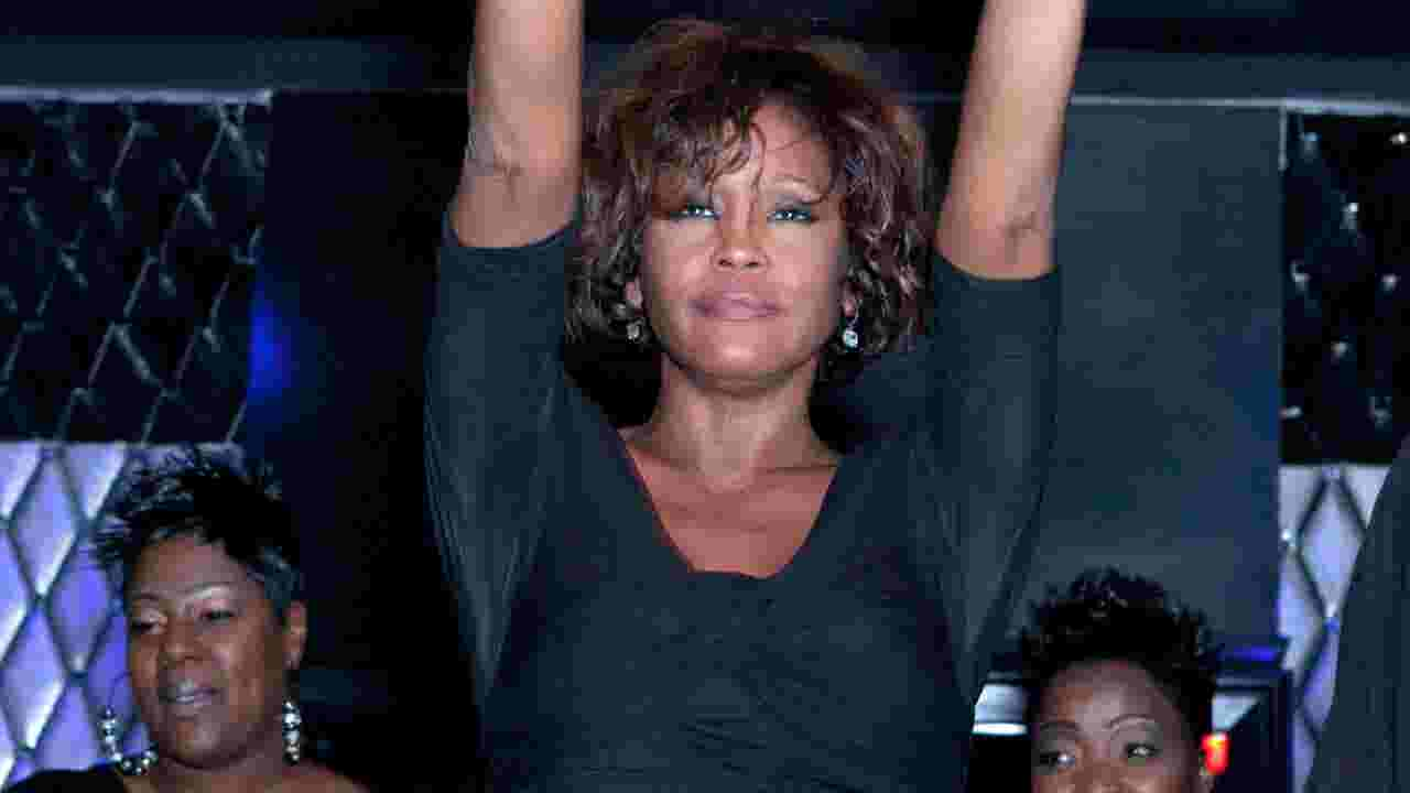 Whitney abuse 'major contributor to her unhappiness'