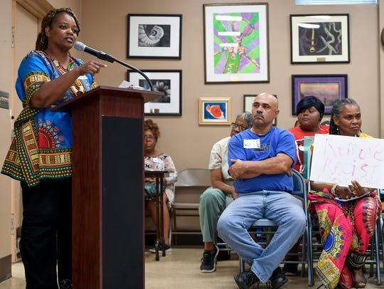 Karen Jones requests that the statue of Robert E. Lee
