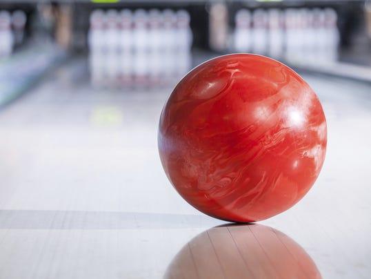 636213986849631992-Bowling2.jpg