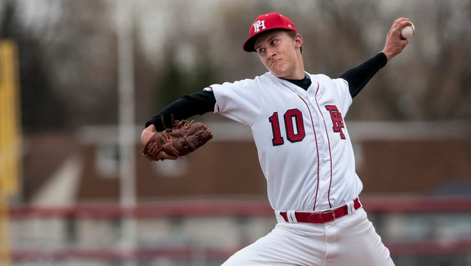 Port Huron sophomore Brett Wagner throws a pitch during a baseball game Wednesday, May 4, 2016 at Port Huron High School.
