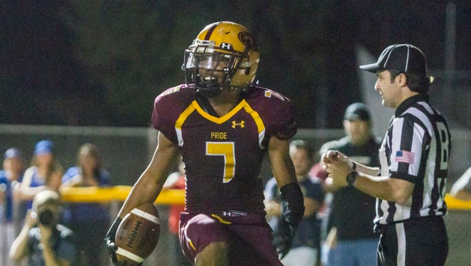 Phoenix Mountain Pointe All-Arizona running back Brandyn Leonard gave New Mexico State a football commitment during his official visit over the weekend, coach Norris Vaughan said.