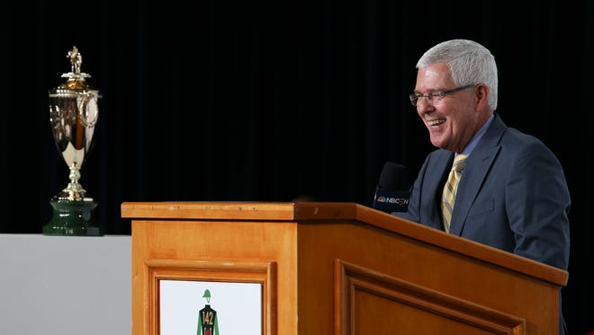 Handicapper Mike Battaglia joked with the crowd during a commercial break for the Kentucky Derby Draw at Churchill Downs.