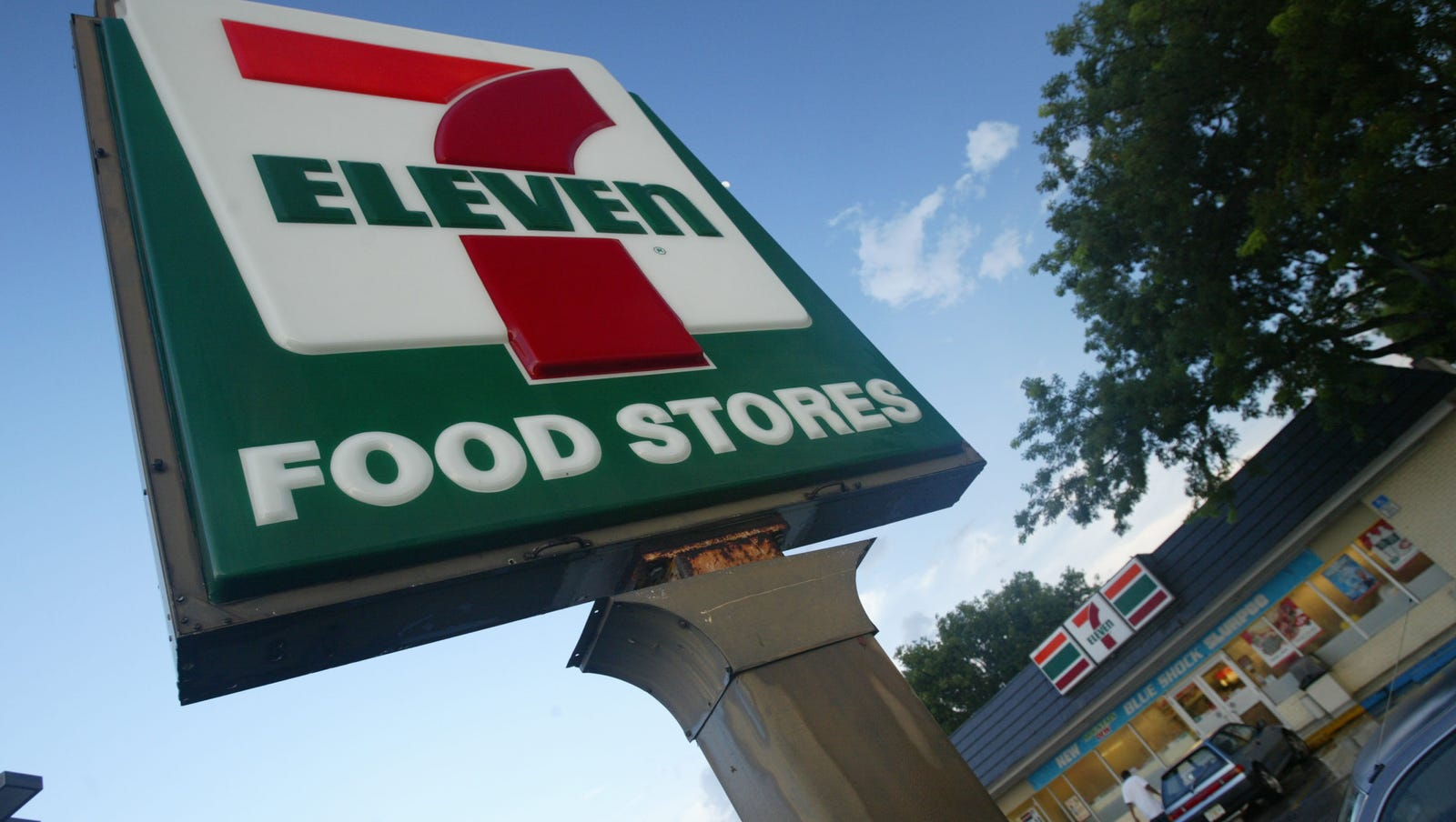 7 Eleven Parent Firm To Buy 1100 Sunoco Convenience Stores In 3 3b Deal