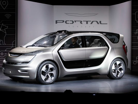 FCA Portal Self-Driving Concept World Debut
