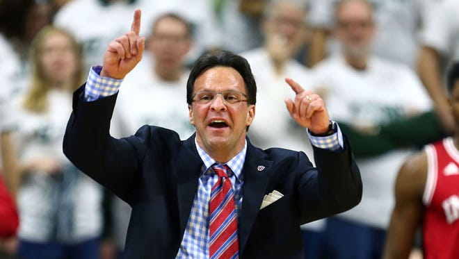 Coach Tom Crean and Indiana landed in the top three for De'Ron Davis, a 2016 forward from Colorado, Wednesday.