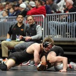 NCAA Wrestling: Hawkeyes wrap up third place, UNI's Holschlag takes fifth, Barry Davis says goodbye