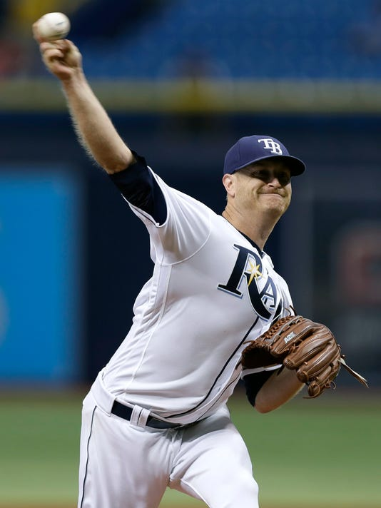 Tampa Bay Rays' Alex Cobb pitches to the New York Yankees during the first inning of a baseball game Wednesday, Sept. 21, 2016, in St. Petersburg, Fla. (AP Photo/Chris O'Meara)