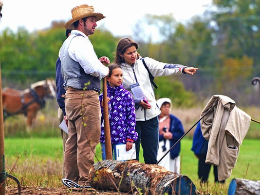 636670909332292638-family-exploring-at-Old-World-Wisconsin-Photo-Cred-to-Old-World-Wisconsin.jpg