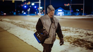 Heart and sole: Detroiter walks 21 miles in work commute