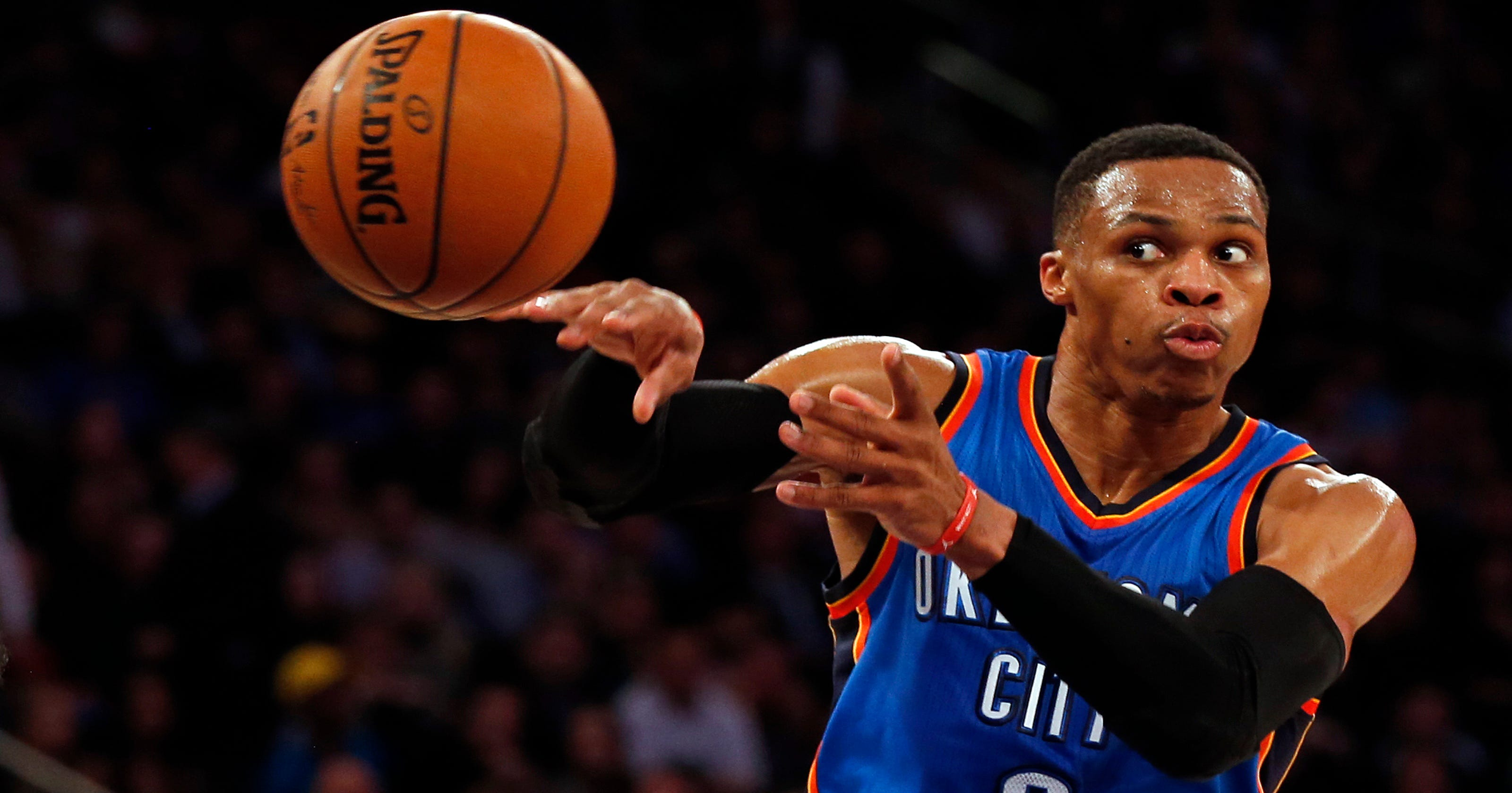 Russell Westbrook Outduels Derrick Rose Now Averaging Triple Double