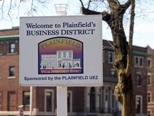 636325401640045299-Plainfield-Business-District-sign.jpg