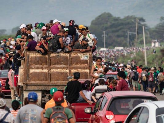 TOPSHOT-MEXICO-HONDURAS-US-MIGRATION
